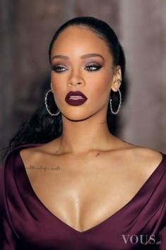 Mocno wymalowana Rihanna