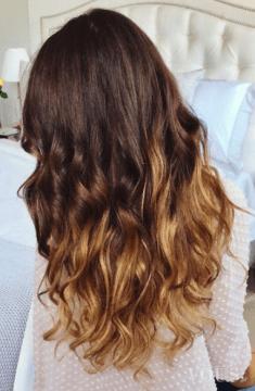 Śliczne falowane włosy z ombre