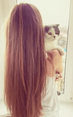 Niesamowicie piękne i długie włosy