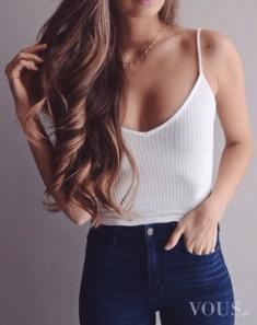 Śliczna fit dziewczyna, idealne włosy,