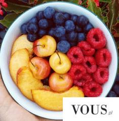 Mniam! Zdrowe owocki. Idealna dieta!