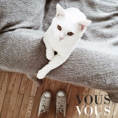 Kochany biały koteczek