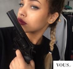Czarna broń case selfie instagram #iphonegun