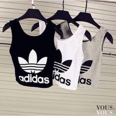 Sportowe bluzki z adidas: szara, czarna i biała. W sam raz na trening