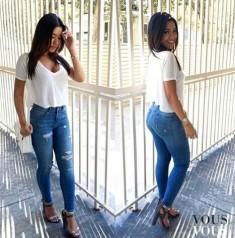 Prosta i skromna stylizacja z dżinsami