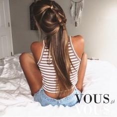 Dziewczęce upięcie długich włosów
