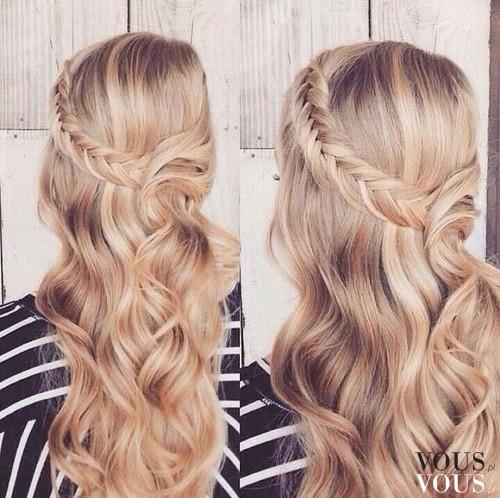 Zadbane Długie Blond Włosy Fryzura Z Warkoczem I Lokami