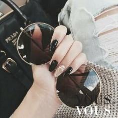 Podoba wam się gdy jeden z paznokci jest w innym kolorze?