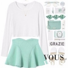 Połączenie białego sweterka i niebieskiej spódniczki
