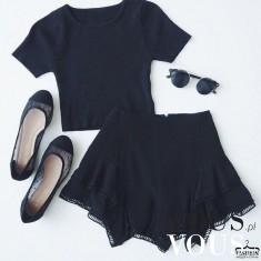 Czarny zestaw z mini spódniczką