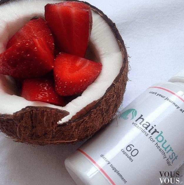 Tabletki hairburst zażywaj przy posiłku. Truskawki i kokos