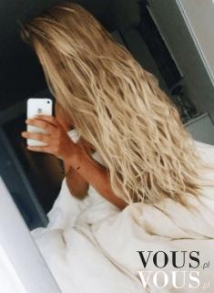 Cudowne falowane włosy blond