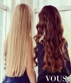 Proste blond czy falowane brąz włosy? Które ładniejsze?