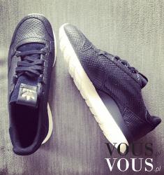 Czarne adidas
