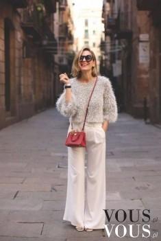 Białe szerokie spodnie i gruby sweter
