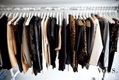 Garderoba z płaszczami i futrami