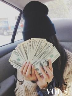 Kasa, jak zarobić dużo dolarów, pieniędzy, okraść bank, banknoty