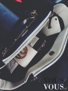 Wnętrze kobiecej torebki. Pojemna duża torba