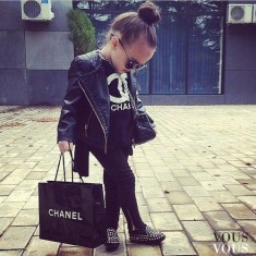 Mała modelka od Chanel