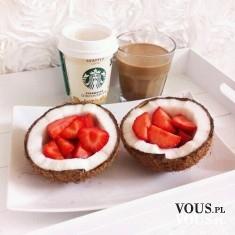 truskawki w kokosie, kawa ze starbucks