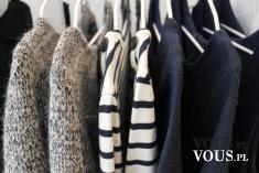 Garderoba pełna ubrań
