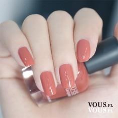 Czerwone paznokcie, czerwony lakier