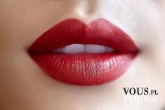 Czerwone pełne usta