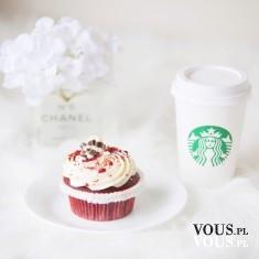 Starbucks Coffee- kawa i apetyczna babeczka