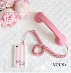 Słuchawka do telefonu retro. Różowa słuchawka. Dziewczęcy gadżet