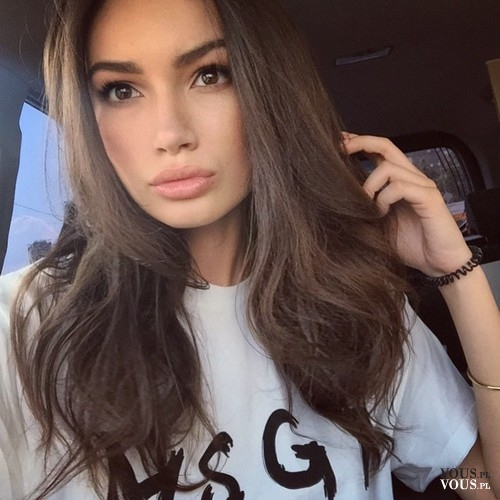 Naturalne Brązowe Włosy Gęste Długie Włosy Jaka Fryzura