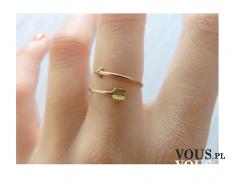 bardzo delikatny pierścionek
