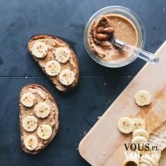 kanapki z bananem i masłem orzechowym, czy masło orzechowe jest zdrowe, jak często jeść masło or ...