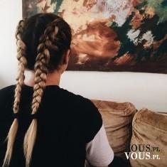 Warkocze dobierane- francuzy. Dziewczęca fryzura. Dwa warkocze