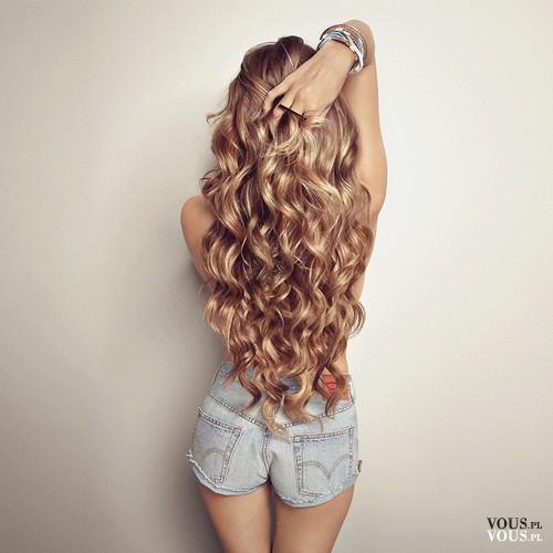 Piękne Długie Blond Fale Jak Uzyskać Taki Efekt Na Czym