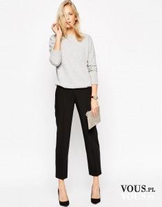 Klasyczne czarne spodnie i szary sweterek. Stylizacja do pracy.