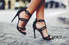 czarne sandałki na szpilce