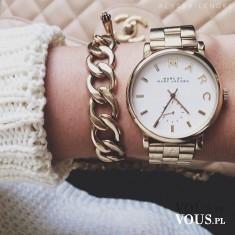 duży złoty zegarek
