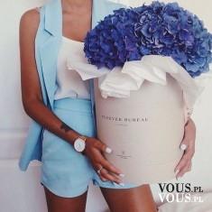 ogromny bukiet kwiatów, niebieskie kwiaty, jakie kwiatki są niebieskie