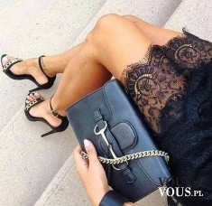 eleganckie dodatki do koronkowej sukienki