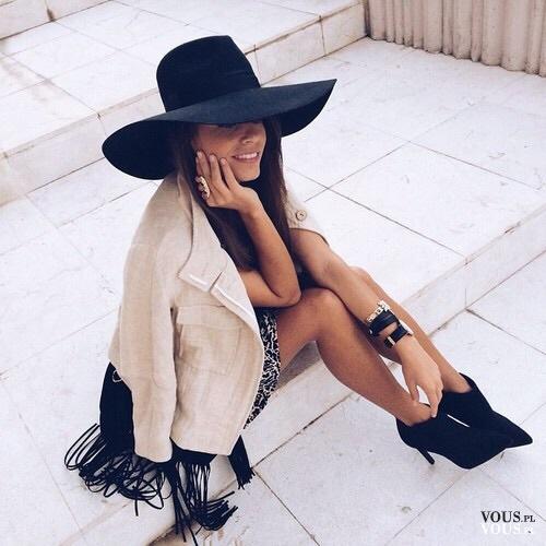 6ada147b4 elegancki strój, kapelusz z dużym rondem, czarny kapelusz ⋆ VOUS.pl