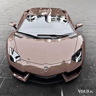 ekskluzywny samochód