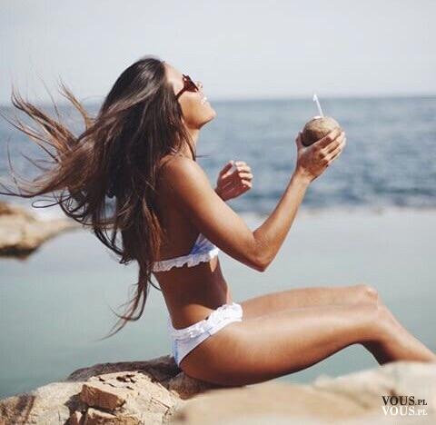 fit dziewczyna na wakacjach