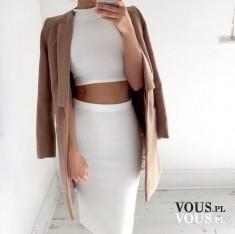 obcisła spódnica, biały zestaw, beżowy płaszcz
