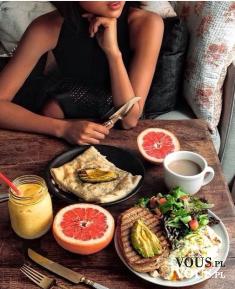Zdrowy i pożywny posiłek. Pomysł na zdrowy obiad. Pełnowartościowy posiłek. Co jeść na diecie?