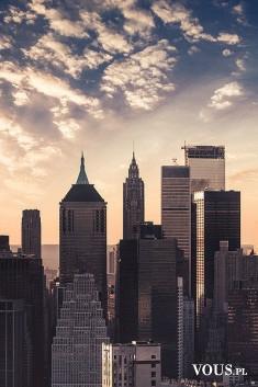 Miasto o poranku, najwyższe budynki świata, drapacze chmur