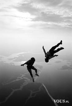 Skok ze spadochronem, ekstremalne sporty, sport dla odważnych