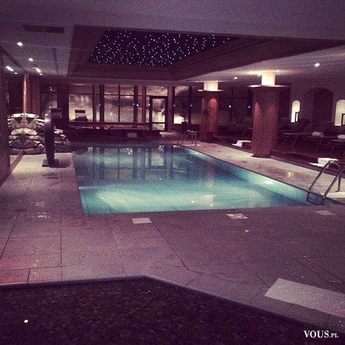 Luksusowy basen, kryty basen