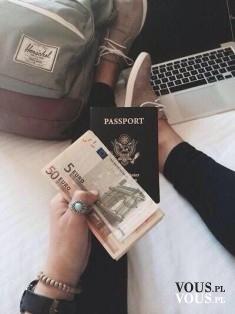 Przygotowania do podróży, jak przygotować się do podróży, co warto mieć przy sobie podczas podróży