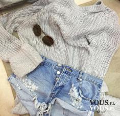 Zestaw na letnie wieczory, postrzępione dżinsowe szorty i szary sweterek