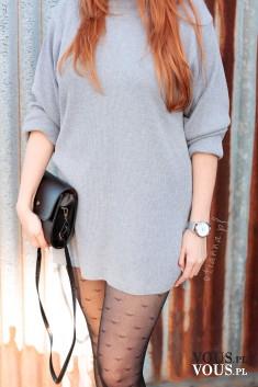 Stylizacja – szara sukienka z golfem i rajtkami w serduszka
